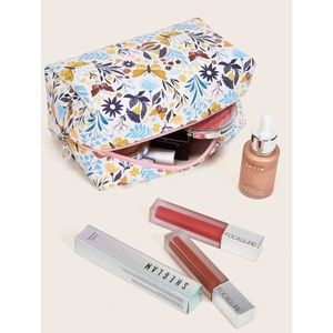 Butterfly & Floral Makeup Bag 🦋
